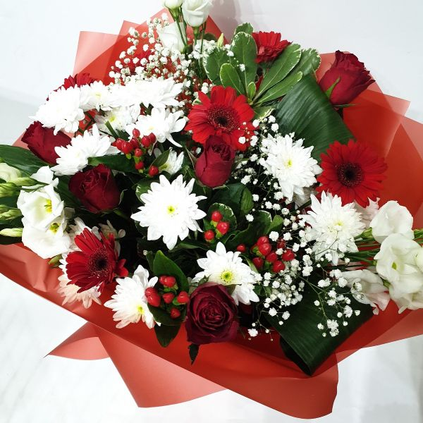 Ruby Wedding Handtied Bouquet Anniversary Flowers Same Day Next Day Delivery Les Fleurs Florist